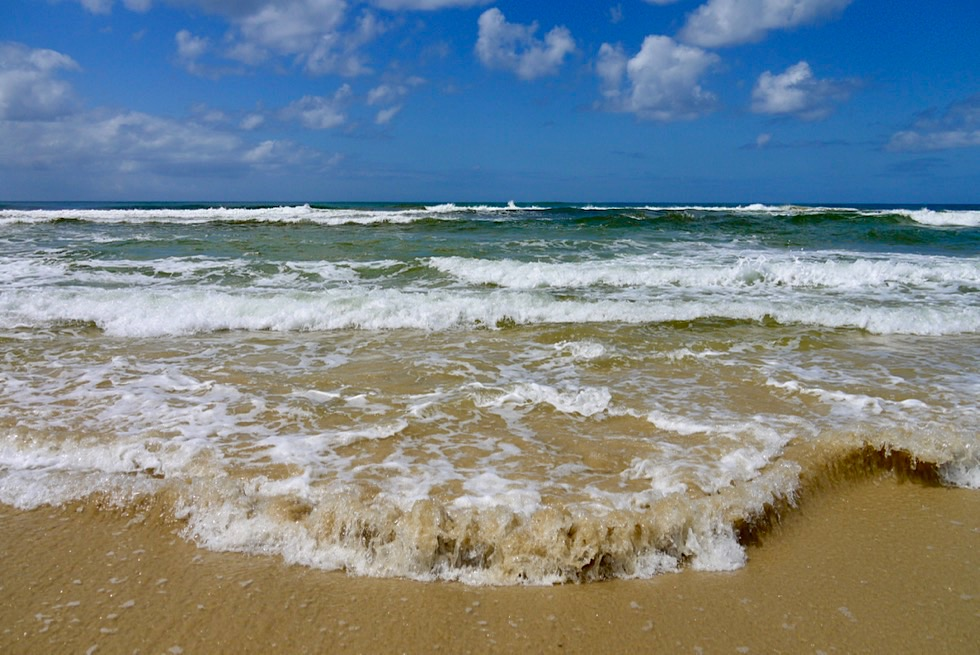 Fraser Island - Faszination: Seventy Five Mile Beach & Wellen - Queensland