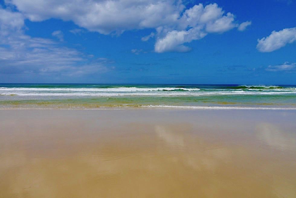Fraser Island - Der legendäre 75 Mile Beach: ein Highlight der Insel - Queensland