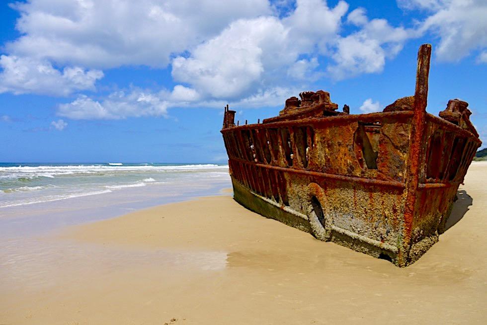 Fraser Island - Maheno Schiffswrack am 75 Mile Beach: Foto-Highlight auf der Insel - Queensland