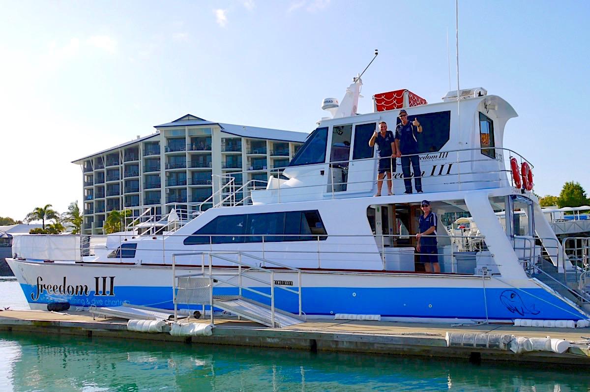 Freedom Whale Watch - FreedomII im Hafen von Hervey Bay - Queensland