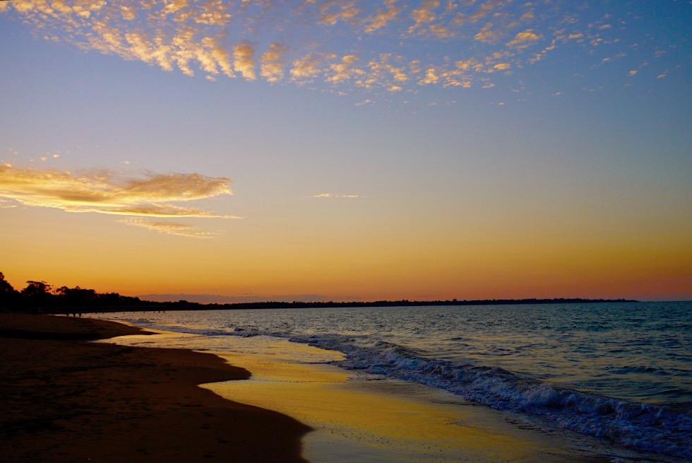 Harvey Bay - Weiter Strand & schöne Atmosphäre bei Sonnenuntergang - Queensland