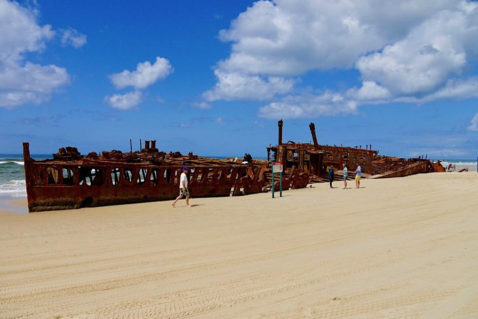 Maheno Schiffswrack - ehemaliger Luxusliner am 75 Mile Beach auf Fraser Island - Queensland