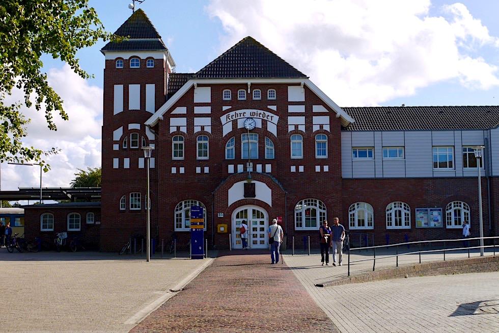 """Wangerooge - Wunderschöner Jugendstil Bahnhof & """"Kehre Wieder"""" Aufforderung - Ostfriesische Inseln - Nordsee"""
