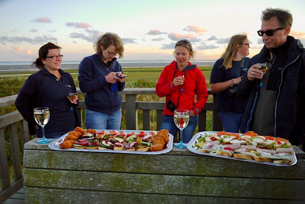 Wangerooge - Picknick auf der Jever Aussichtsplattform in den Dünen - Ostfriesische Inseln - Nordsee