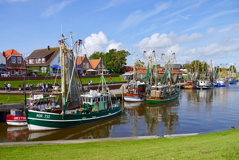 Greetsiel - Größte Krabbenkutter-Flotte Ostfrieslands - Krummhörn