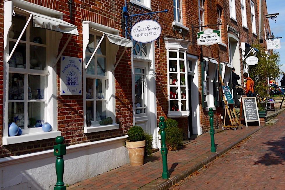 Greetsiel - Poppinga's Alte Bäckerei: Straßenansicht - Krummhörn - Ostfriesland