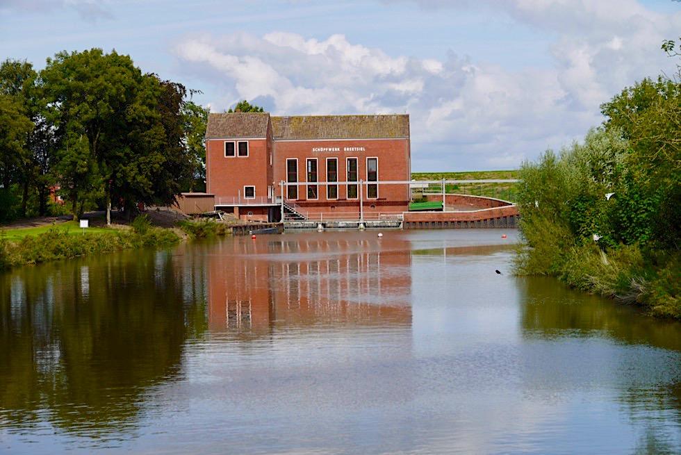 Greetsiel - Schöpfwerk: Entwässerung des Binnenlandes - Krummhörn - Ostfriesland