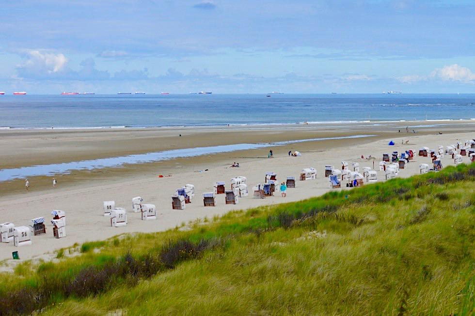 Spiekeroog - Ausblick auf Dünen, Strand & Nordsee - Ostfriesische Inseln