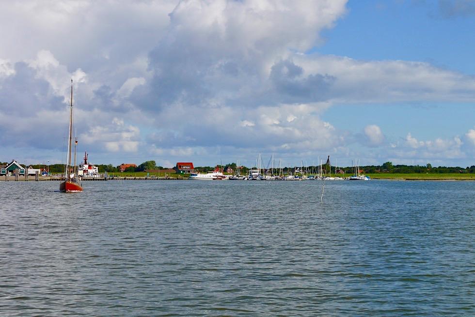 Spiekeroog - Blick auf den Hafen vom Wasser aus gesehen - Ostfriesische Inseln