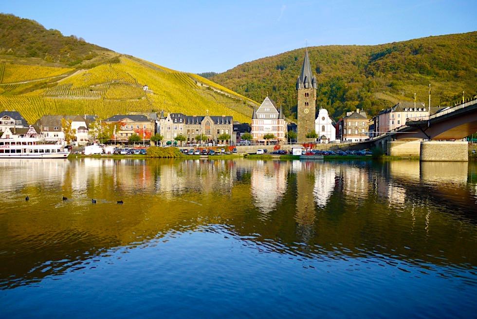 Bernkastel-Kues: schönste Stadt an der Mittelmosel - Goldene Weinberge, zauberhafte Altstadt & herrliche Mosel - Rheinland-Pfalz Reisetipps