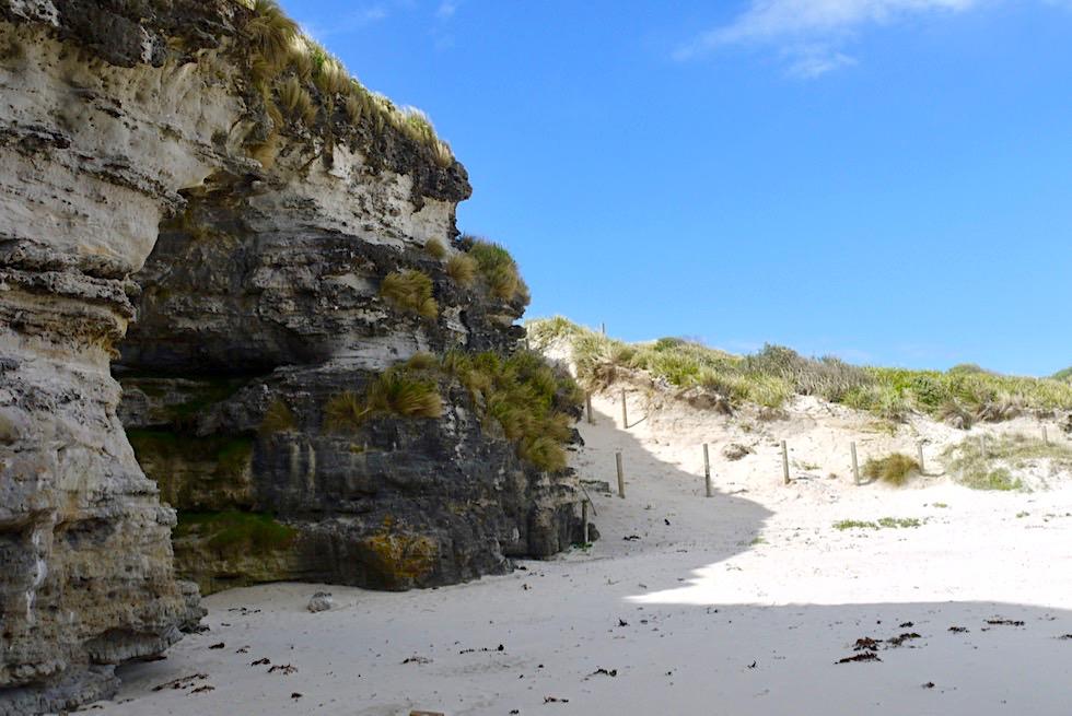 Booderee NP - Cave Beach - Pittoresk & abenteuerlich: Strand der Höhlen - New South Wales