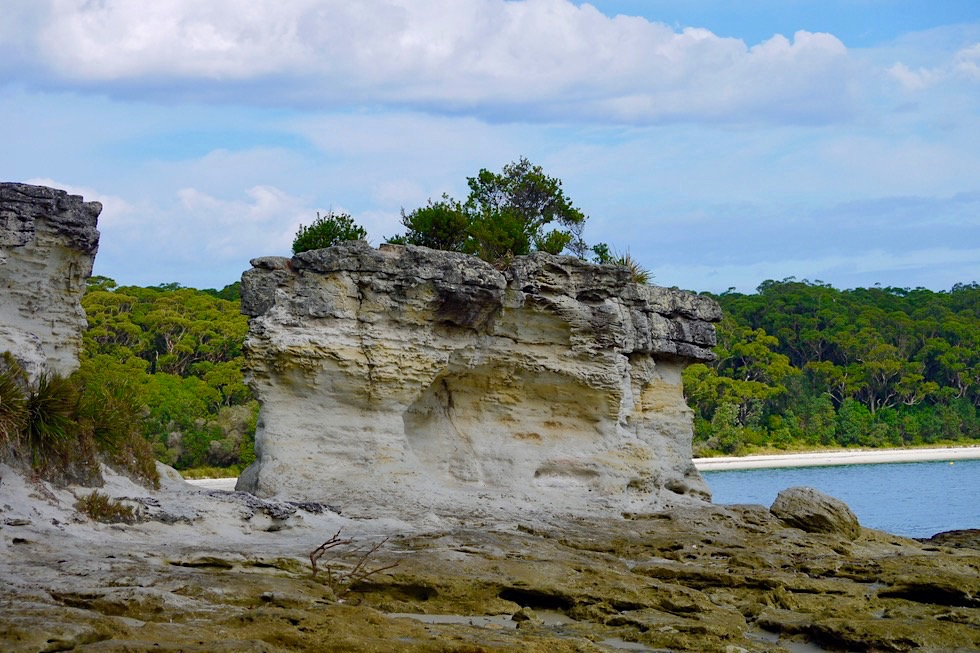 "Booderee National Park - Blick durch das ""Hole in the Wall"" - New South Wales"