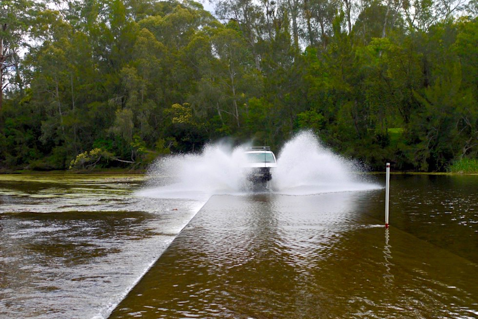 Clyde River Shallow Crossing - Flussdurchfahrt macht Riesenspaß - Shoalhaven Region - New South Wales