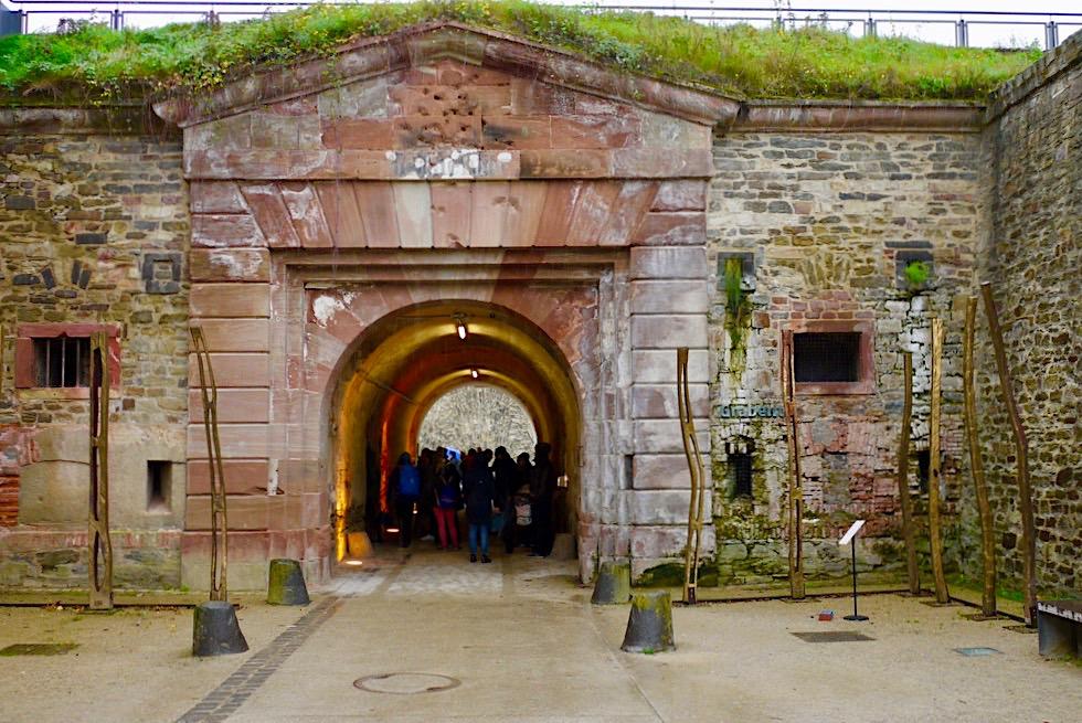 Festung Ehrenbreitstein - Durchgang im Innern der Festung - Koblenz - Rheinland-Pfalz Reisetipps