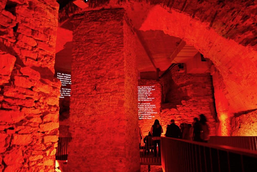 Festung Ehrenbreitstein - Beindruckend, befremdlich, faszinierend: Licht-Projektionen im Innern der Festung - Koblenz - Rheinland-Pfalz Reisetipps