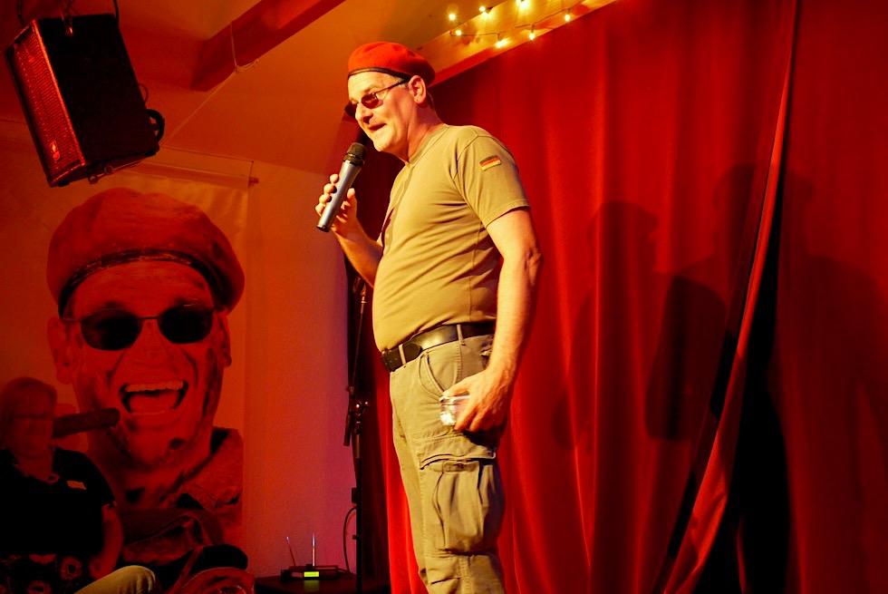Pilsum - Sehr Kleine Bühne: Comedy & Lachen mit Holger Müller - Krummhörn - Ostfriesland