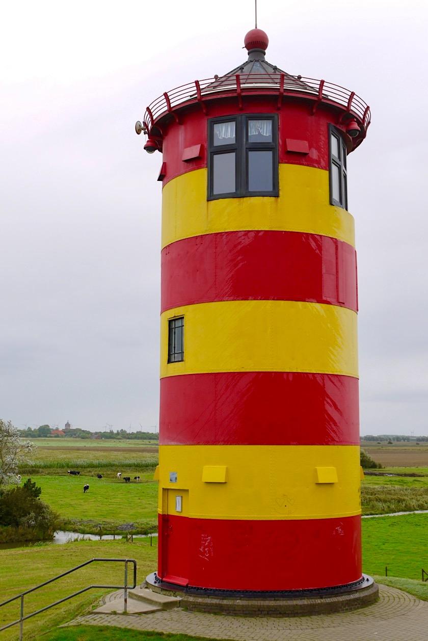 Pilsumer Leuchtturm: Kleider machen Leute und Leuchttürme - Krummhörn - Ostfriesland