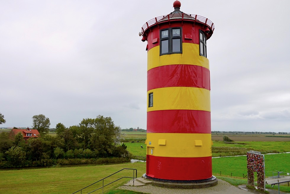 Pilsumer Leuchtturm, Leuchtturmwärterhaus & Marschlandschaft - Krummhörn - Ostfriesland