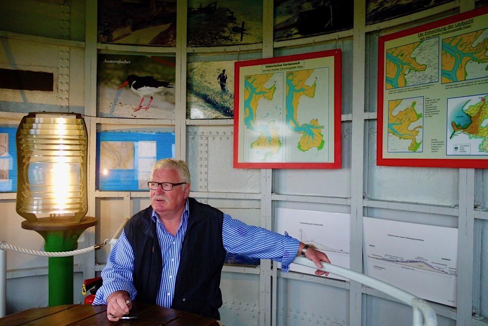 Pilsumer Leuchtturm - Sehr beliebt als Ort für ein Zweites Eheversprechen mit Heinz Richter als ehrenamtlicher Standesbeamter - Krummhörn - Ostfriesland