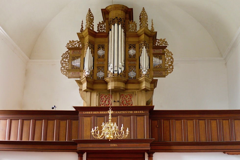 Pilsumer Orgel - über die Landesgrenzen bekannt - Krummhörn - Ostfriesland