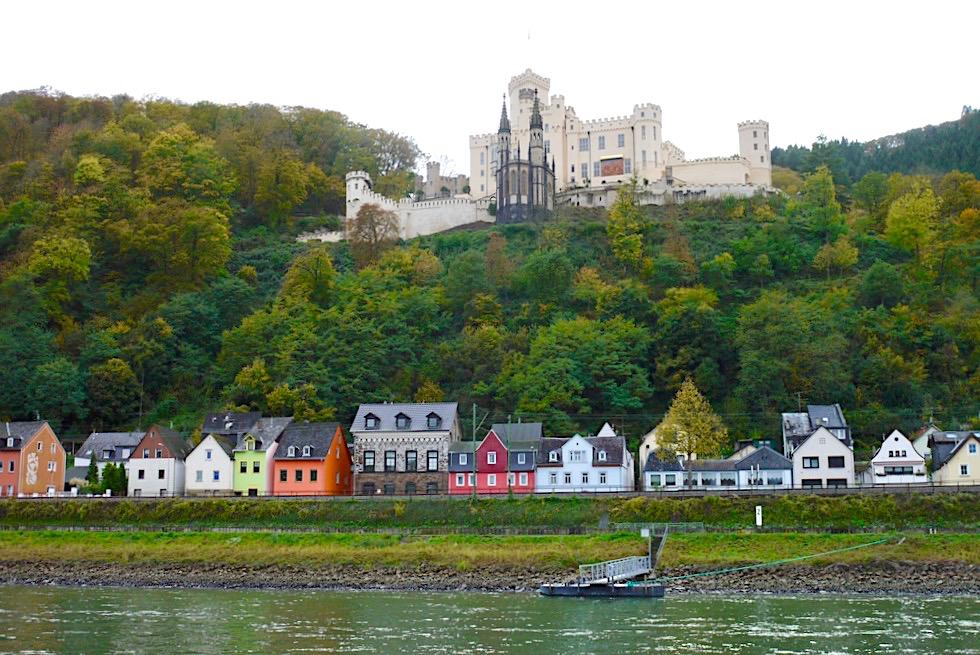 Schiffsfahrt auf dem Rhein bei Koblenz - Schloss Stolzenfels - Rheinland-Pfalz