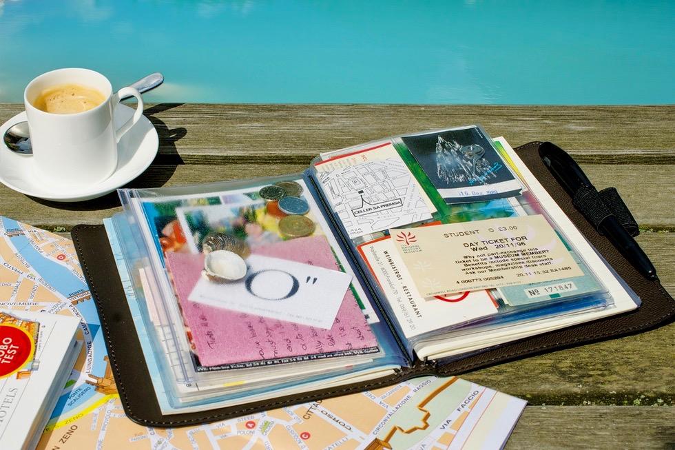 TripBook Remember für Andenken Sammler- Schönste Reisetagebücher & Erlebnis-Aufbewahrer - Passenger On Earth