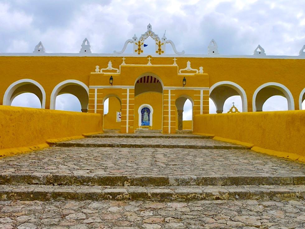 """Izamal: die """"Gelbe Stadt"""" - Eindrucksvoll & faszinierend: Konvent & Kirche - Yucatan - Mexiko"""