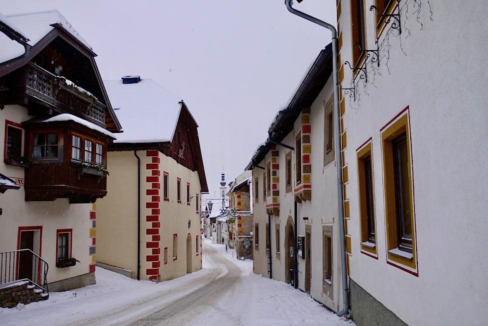 Mauterndorf - Häuser entlang der Marktstraße - Salzburger Lungau - Österreich