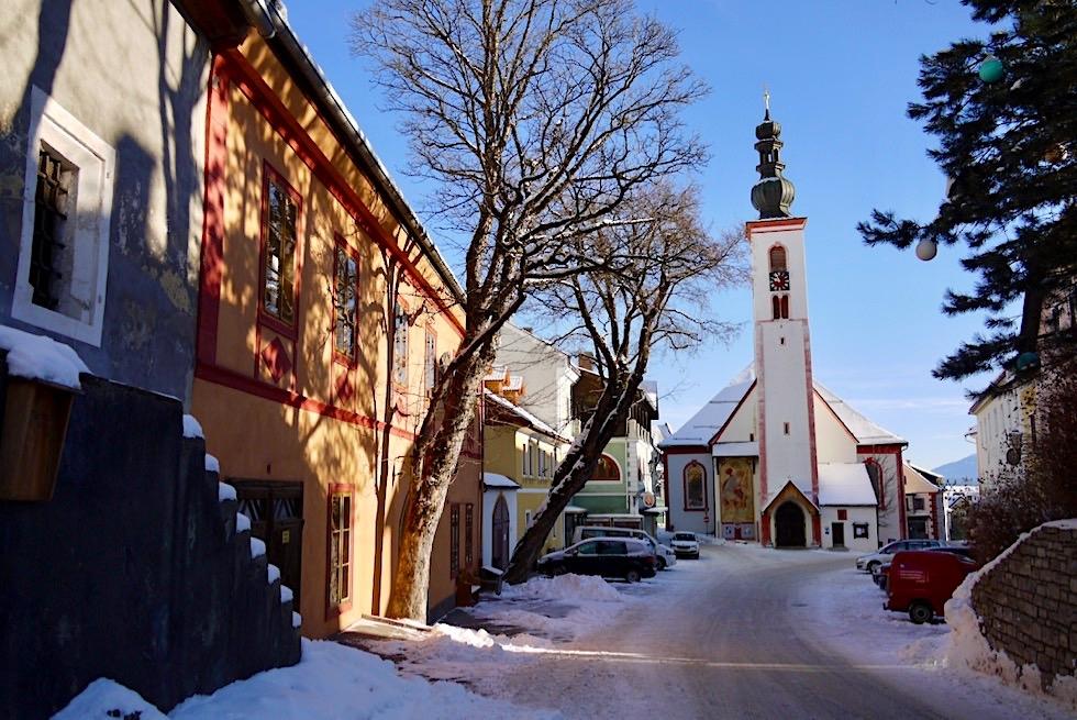 Idyllisches Mauterndorf mit seinen schönen historischen Häusern - Salzburger Lungau - Österreich