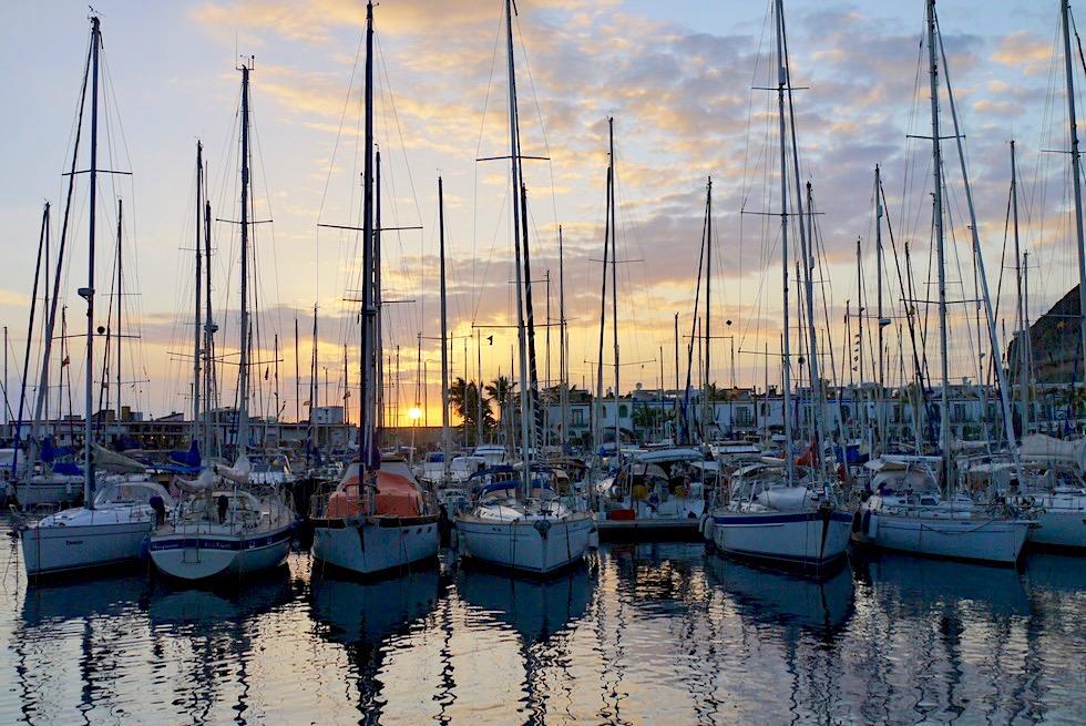 Puerto Mogan - Sonnenuntergang am Yacht-Hafen: wo Romantik auf Idylle trifft - Gran Canaria