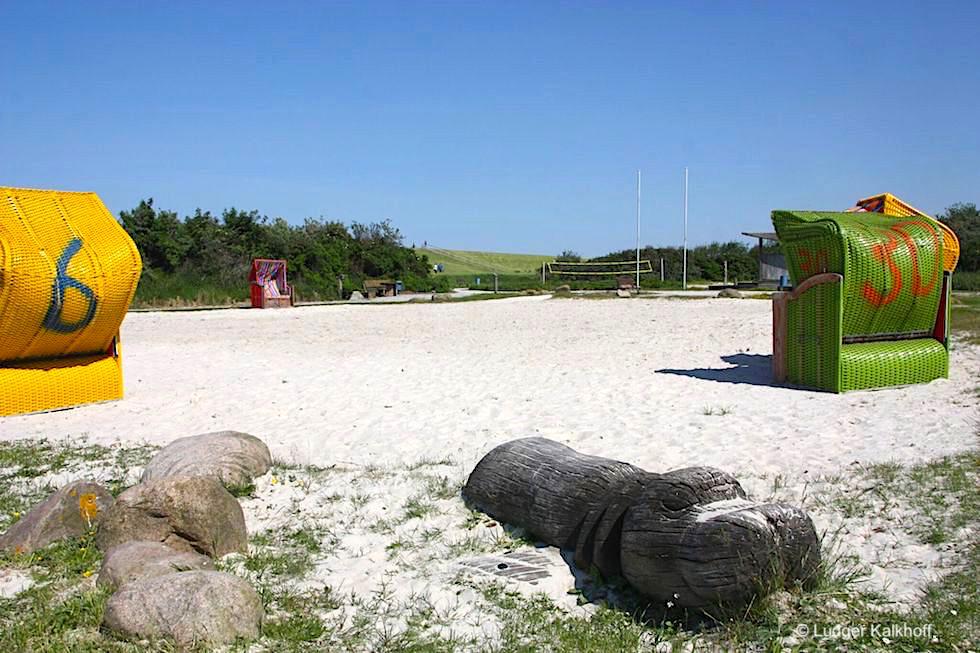Trockenstrand & Strandkörbe in Upleward: ein geniales Marketing-Konzept - Krummhörn - Ostfriesland