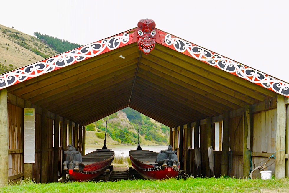 Geheimtipp Maori Museum - Waka oder Kanu - Okains Bay auf der Banks Peninsula - Chanterbury - Südinsel Neuseeland
