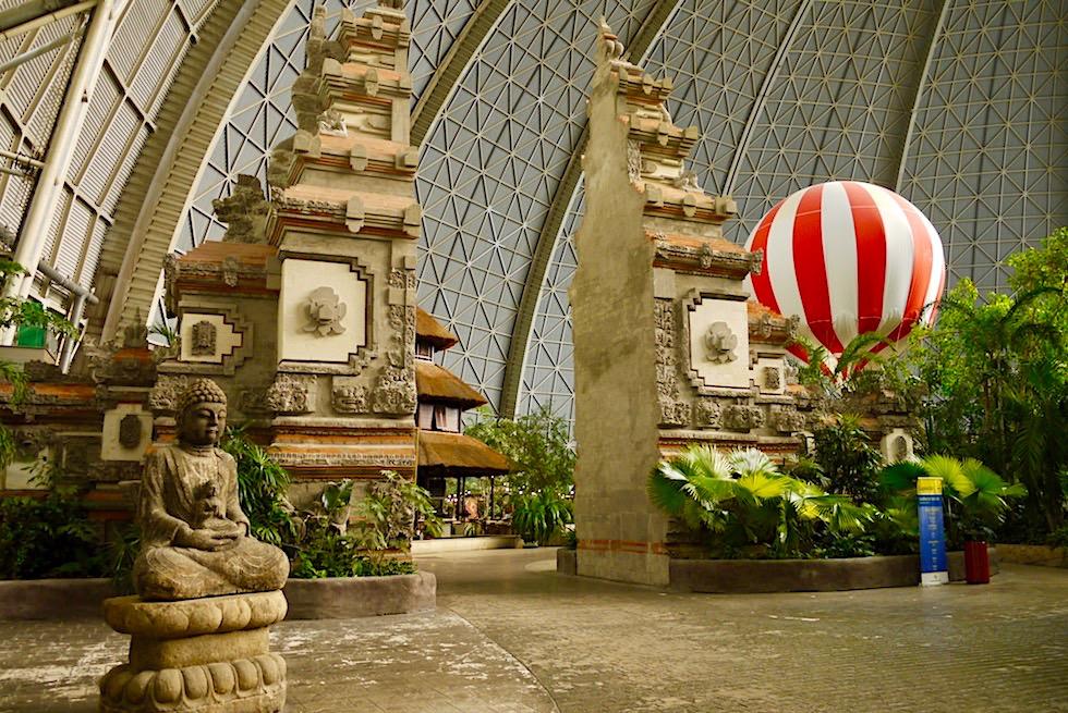 Tropical Islands - Das Balinesisches Tor führt in die Restaurant-Welt - Brandenburg