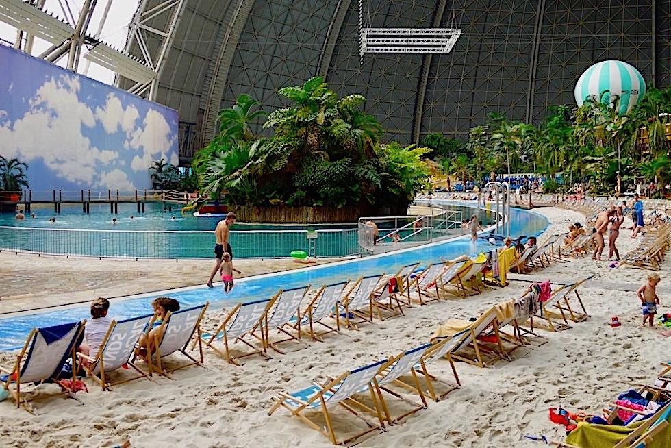 Tropical Island - Südsee, Sandstrand & tausende von Liegestühlen - Brandenburg