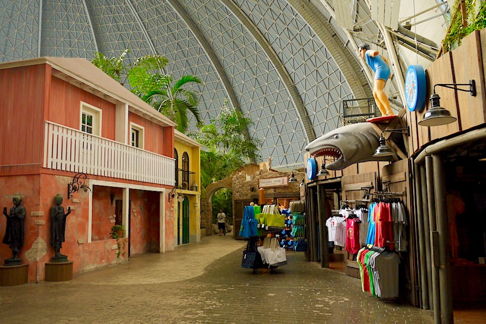 Tropical Islands - Shopping-Meile beim Eingangsbereich - Brandenburg