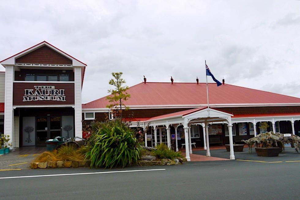 Kauri Museum - Geschichte der Kauri Bäume, dem Kauri Harz, der Holzindustrie & der frühen Pioniere - Nordinsel Neuseeland