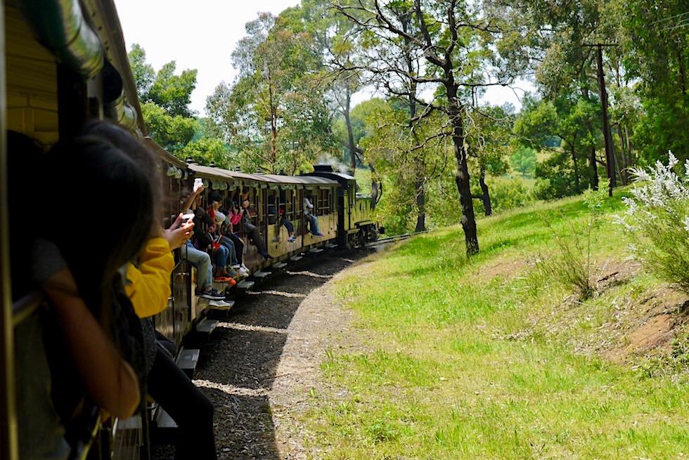 Puffing Billy Railway - Historische Dampflok Fahrt: Emerald - Victoria