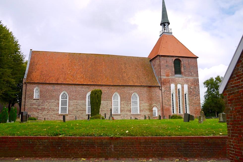 Rysumer Kirche aus dem 15. Jahrhundert - Krummhörner Warfendorf - Ostfriesland