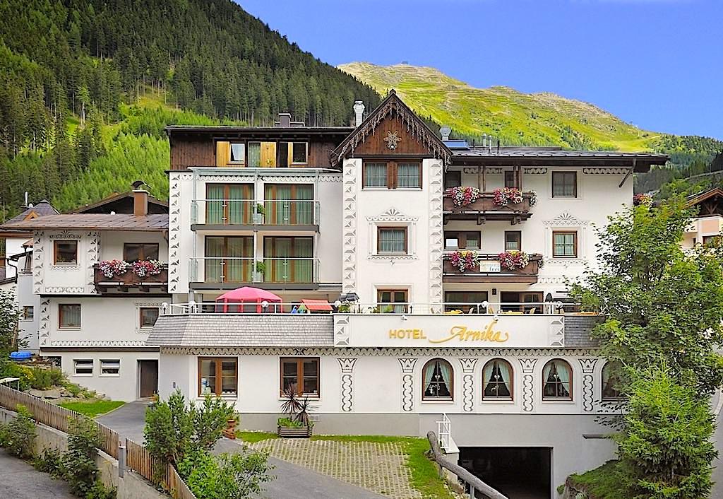 Hotel Arnika in Ischgl: schönes, freundliches, familiengeführtes Hotel - Paznaun - Österreich