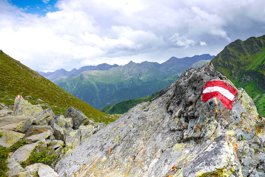 Kieler Weg Wanderung zur Niederelbehütte - Ausblick auf Samnaun-Gruppe - Paznaun - Österreich