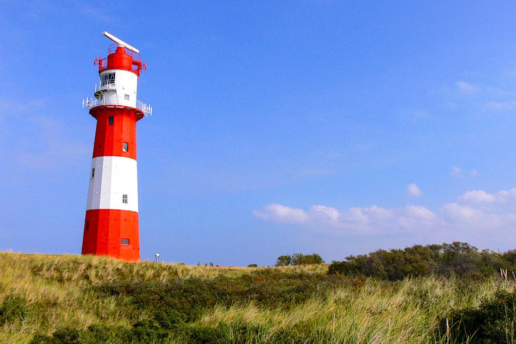 Der Kleiner Leuchtturm Borkum ist der westliche Leuchtturm Deutschlands & ein beliebtes Fotomotiv - Ostfriesische Inseln