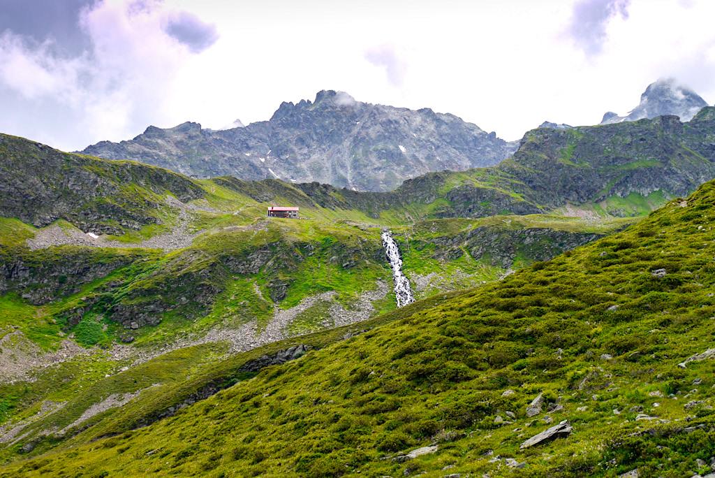 Ausblick vom Kieler Weg ins Verwall-Gebirge & auf die Niederelbehütte - Paznaun - Österreich