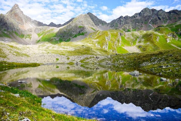 Idylle pur: der wunderschöne Seßsee bei der Niederelbehütte - Wandern im Paznaun & der Verwallgruppe - Österreich