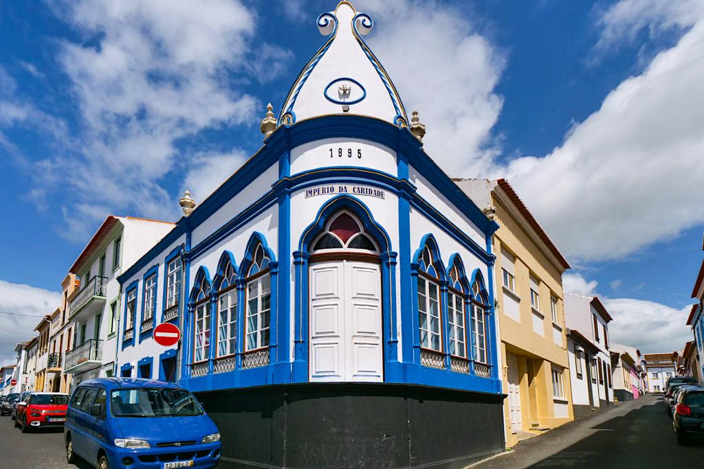 Angra do Heroismo - Imperio da Caridade - Terceira, Insel der Heilig Geist Kapellen - Azoren