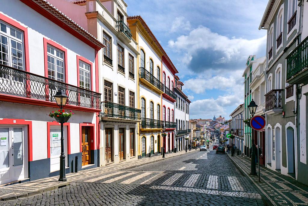 Angra do Heroismo - Stadt der Farben & schönste Stadt der Azoren - Terceira