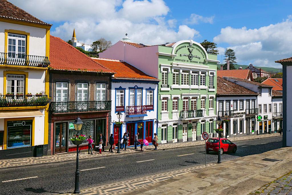 Angra do Heroismo - Bezaubernd schönes, restauriertes Stadtbild voller Farben - Terceira - Azoren