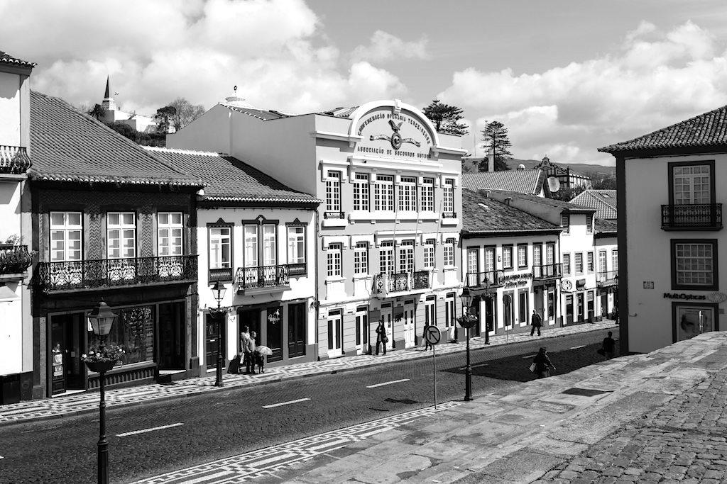 Angra do Heroismo: Straßen & schmucke Fassaden - Die Geschichte von Terceira - Azoren