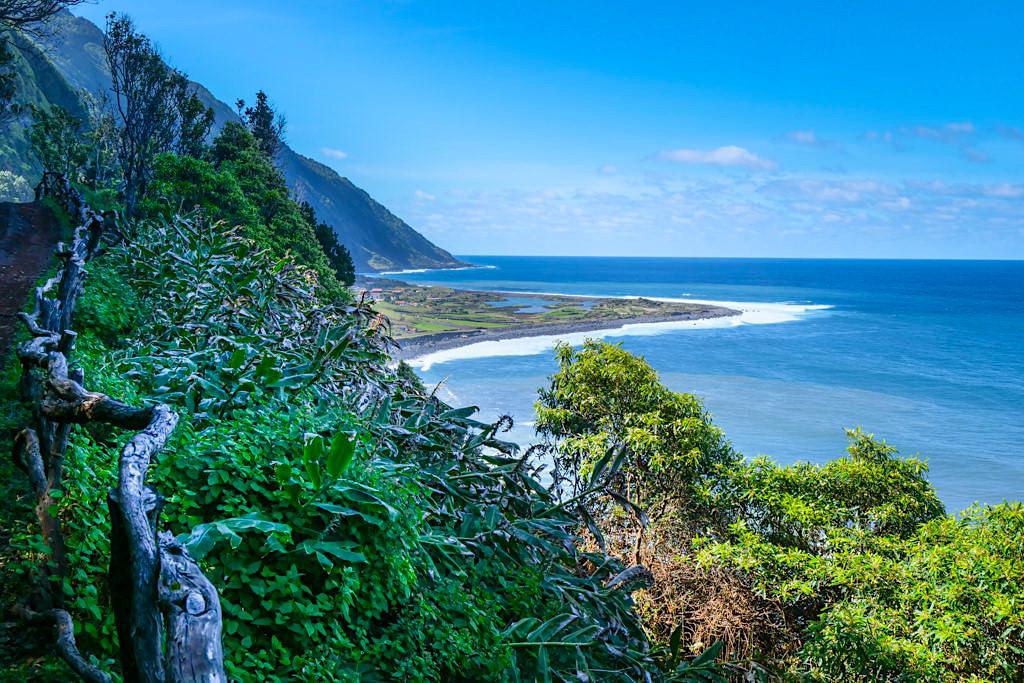 Faja dos Cubres - Ziel der Wanderung von Serra do Topo über Faja da Caldeira de Santo Cristo - Sao Jorge, Azoren