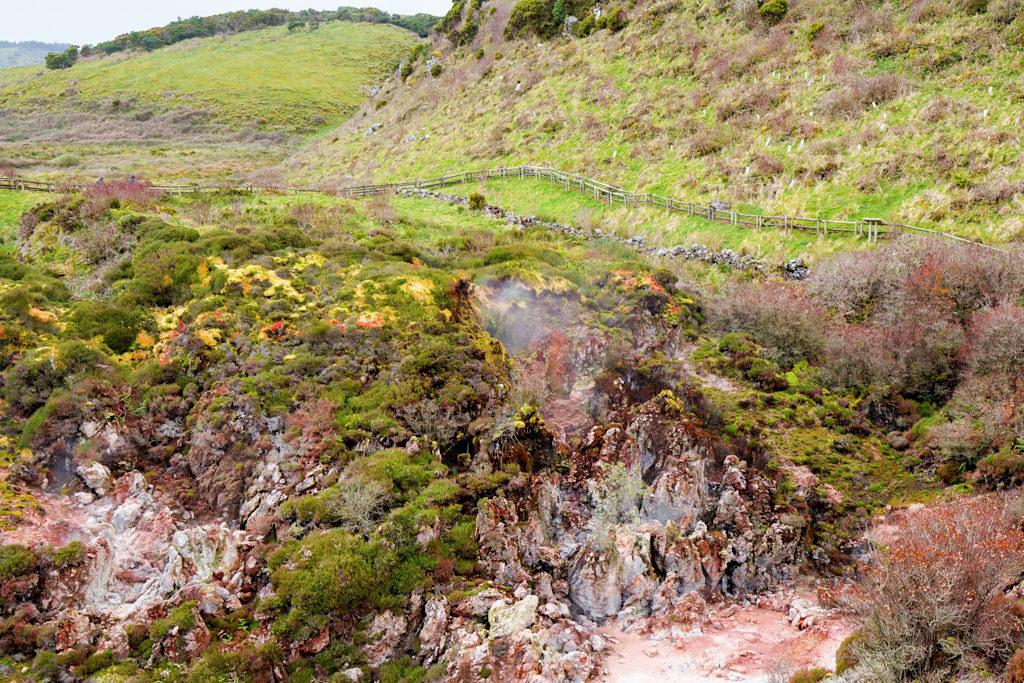 Schwefelquellen von Furnas do Enxofre - Wo Terceira atmet - Azoren