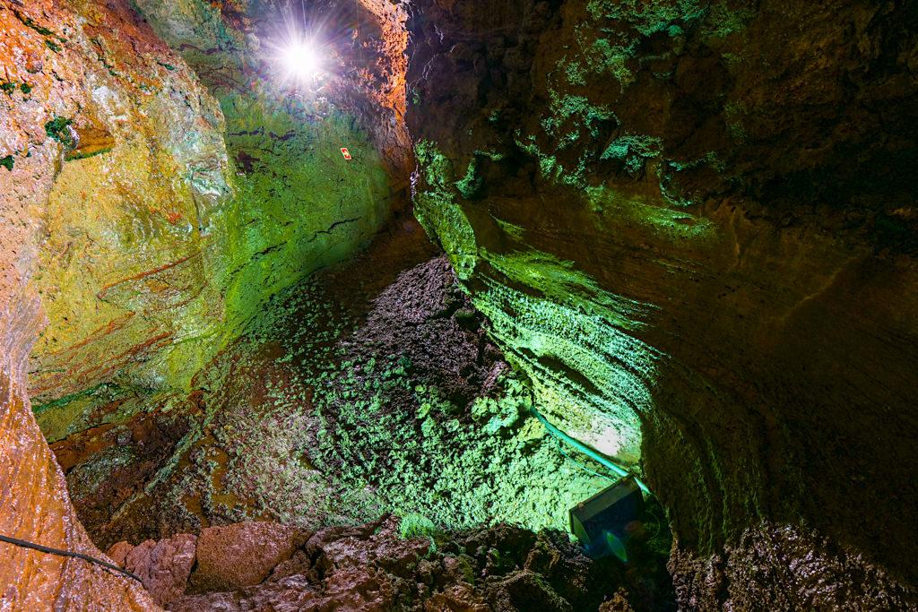 Gruta do Natal - Imposantes Neben-Höhlensystem zeigt den Verlauf der Lava - Terceira - Azoren